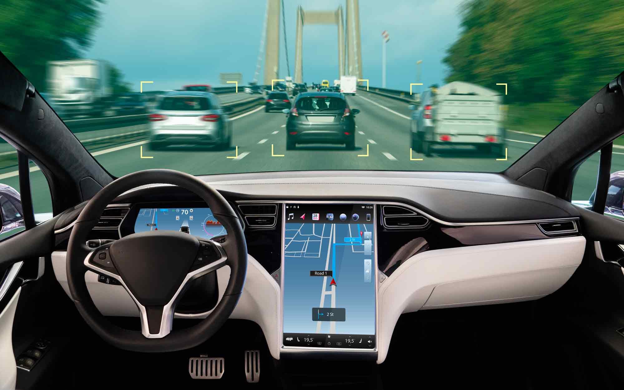 Guida Autonoma da un abitacolo Tesla