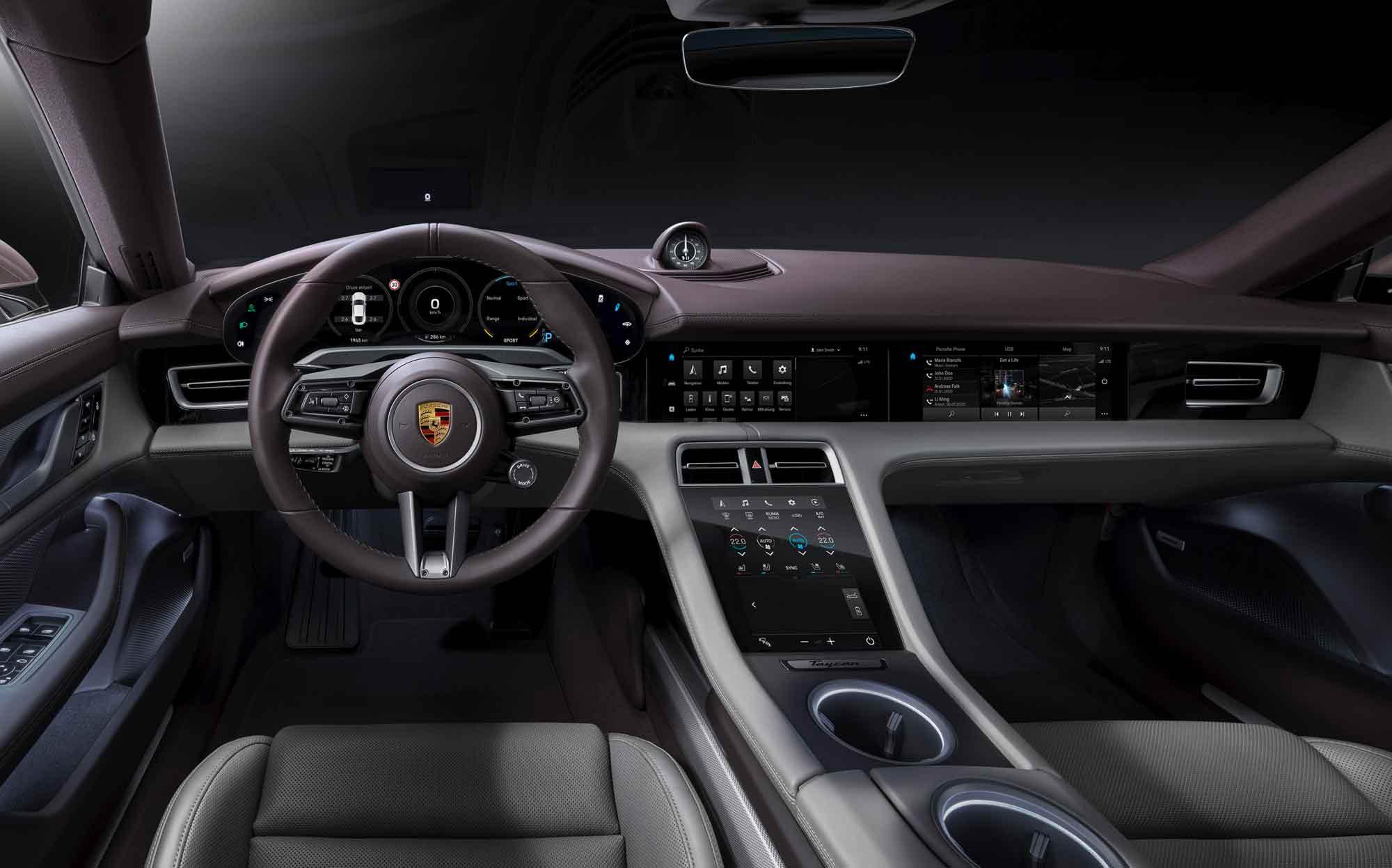 Interni Porsche Taycan
