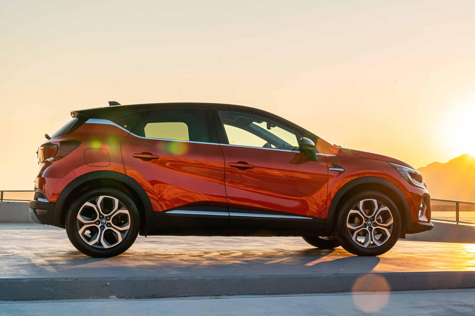 Nuova Renault Captur Hybrid