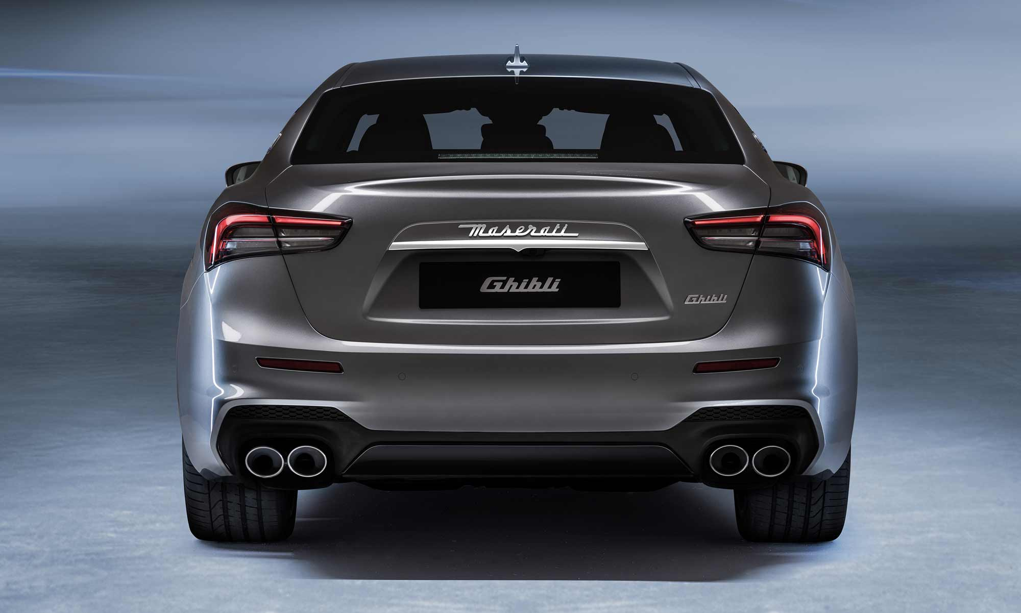 Retro Maserati Ghibli Hybrid