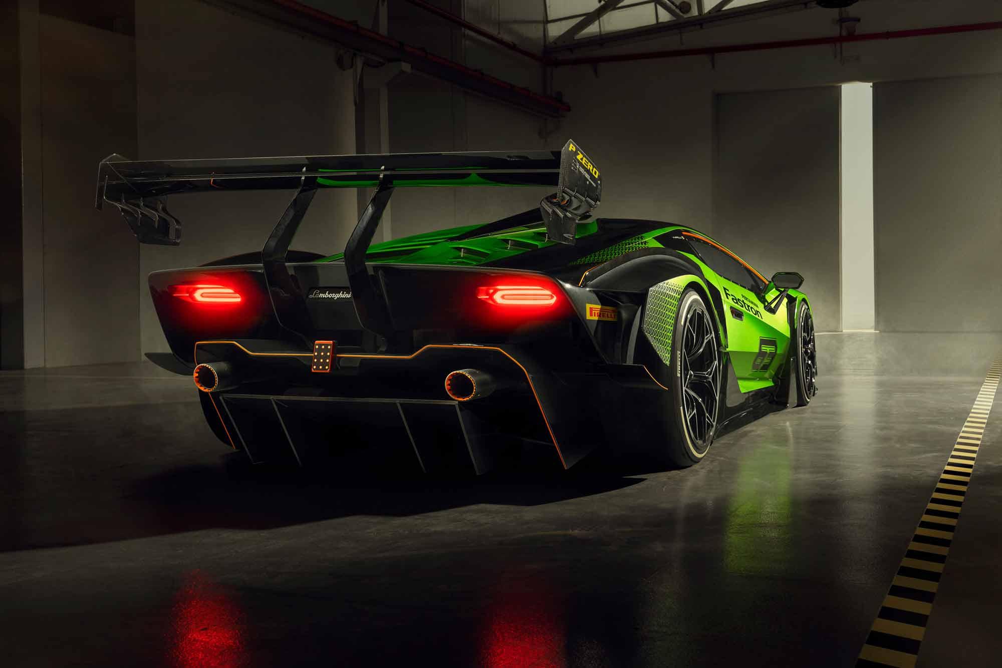 Retro Lamborghini Essenza SCV12