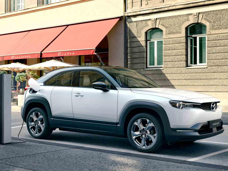 Ricarica Elettrica Mazda MX 30