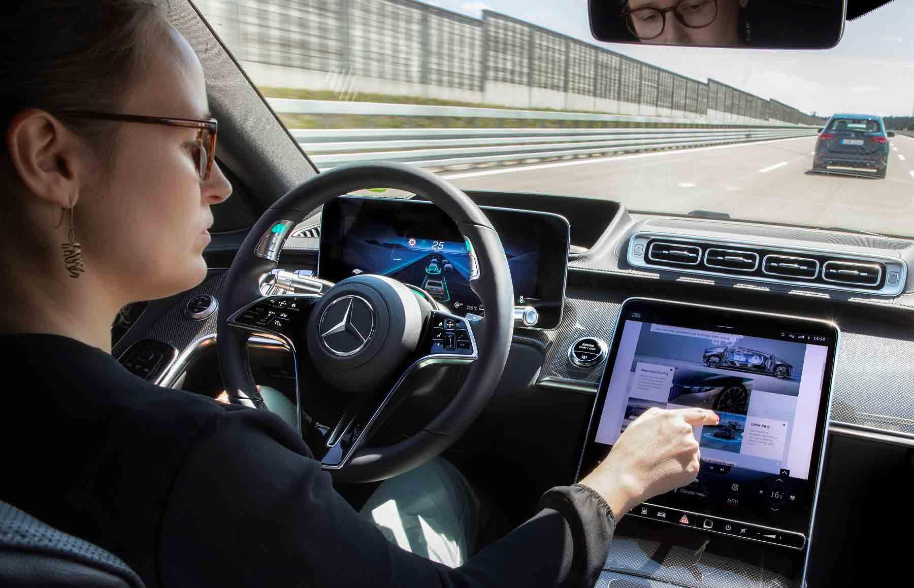 Sistemi di guida Mercedes