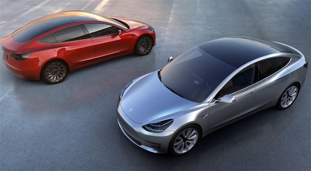 Tesla Model 3 Red&Silver