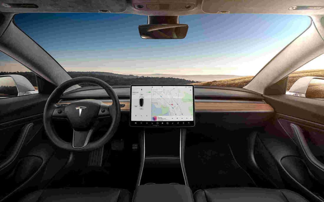 Tesla Model 3 interni