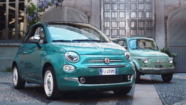 Fiat 500 vecchia e nuova a confronto