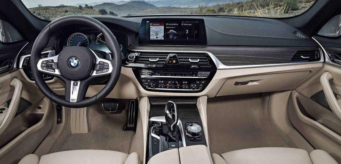 Nuova BMW Serie 3 panoramica interni